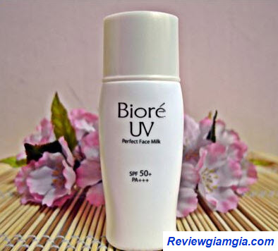 Kem chống nắng Biore UV Perfect Face Milk SPF50