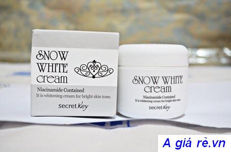 Kem dưỡng trắng da Snow white