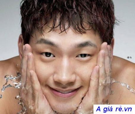 Sửa rửa mặt dành cho nam giới