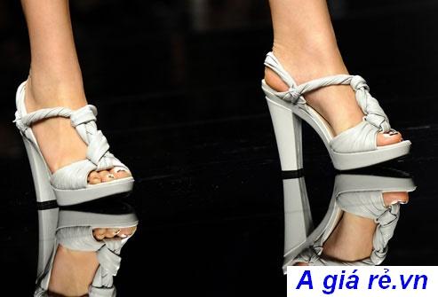 giày nữ cao gót Chunky