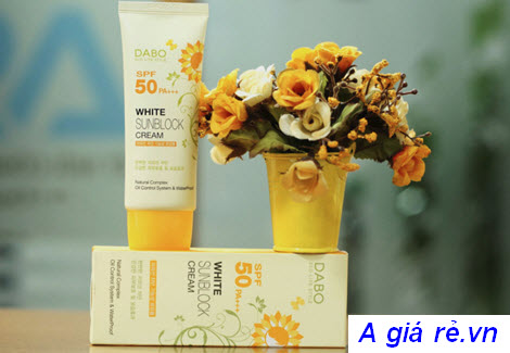 Kem chống nắng trắng Dabo White Sunblock Cream SPF50