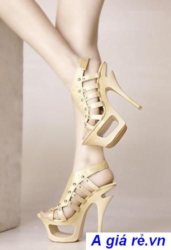 giày cao gót cut out màu nude