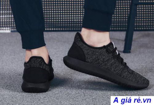Giày Sneaker nữ đen giá rẻ