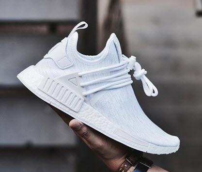 Giày Adidas NMD màu trắng