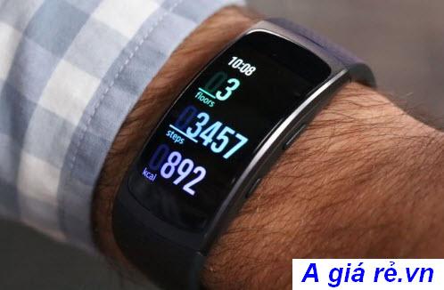 Vòng đeo tay thông minh Samsung Gear Fit 2 giá rẻ cho nam