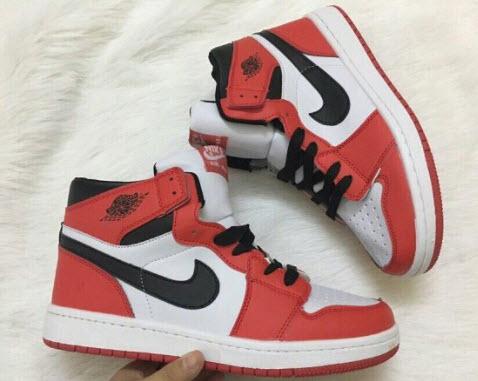 Nike The Nike Air Jordan 1
