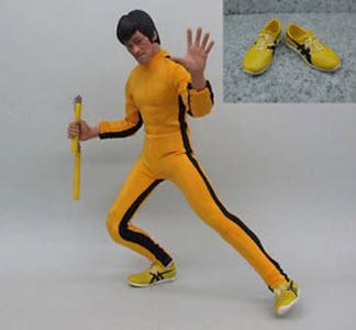 Đôi giày Onitsuka Tiger được Bruce Lee sử dụng trong phim Game of Death có tên là Tai Chi (Thái cực) với chữ ký của Bruce Lee