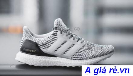 Giày Ultra Boost 3.0 phối màu Oreo cực hot