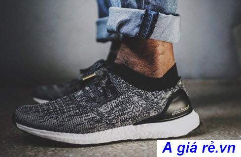 Giày Ultra Boost Uncaged