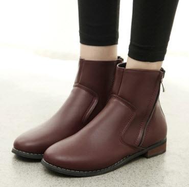 Giày boot nữ đế bằng