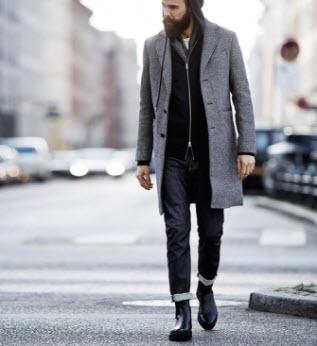 Giày boot và áo khoác dáng dài