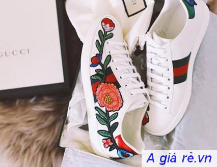 Giày thể thao Gucci nữ chính hãng màu trắng thêu hoa