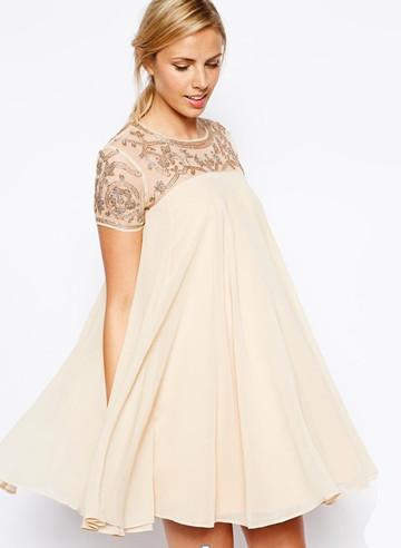 Đầm bầu xòe