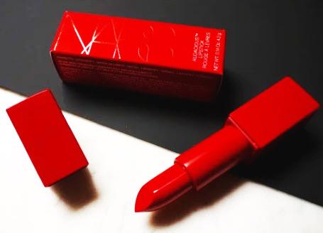 Son Nars vỏ đỏ -Nars Red Rita