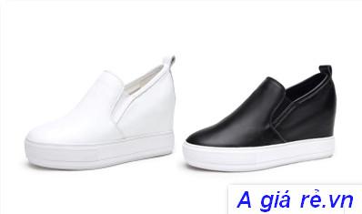 Giày bánh mì màu đen