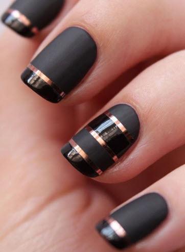 Sơn móng tay màu đen