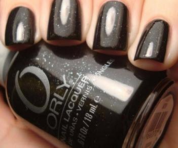 Sơn móng tay Orly màu đen