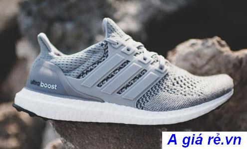 Giày chạy bộ nữ Adidas