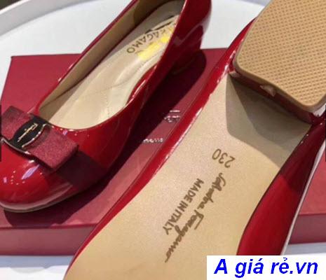 Giày cao gót quai trong