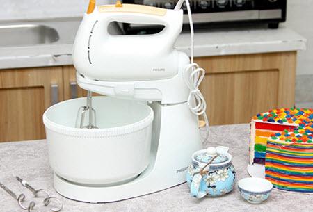 máy đánh trứng để bàn philip