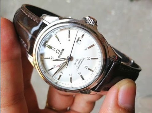Đồng hồ nam Omega dây da chính hãng