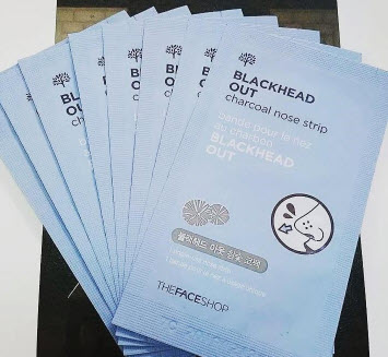 The Face shop Blackhead Out Charcoal Nose Strips