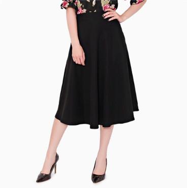 Chân váy xòe dài màu đen
