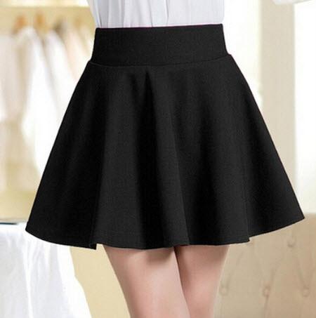 Chân váy xòe ngắn đen