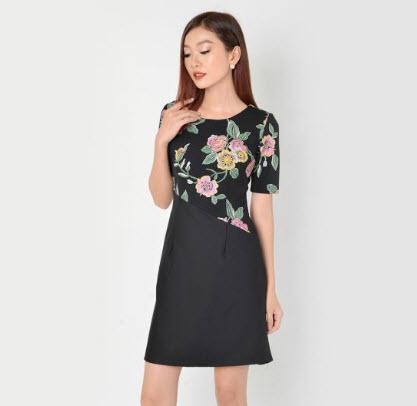 Đầm suông công sở họa tiết
