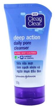 Sữa rửa mặt Clean & Clear trị mụn đầu đen