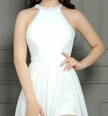 Váy cổ yếm trắng