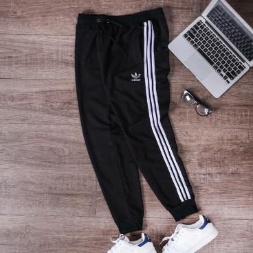 Quần jogger Adidas
