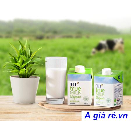 Sữa tươi tiệt trùng hữu cơ TH True Milk