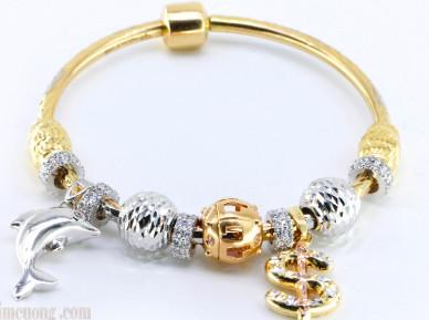 Vòng tay bằng vàng Pandora