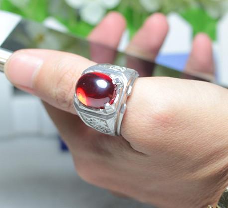 Nhẫn bạc đính đá