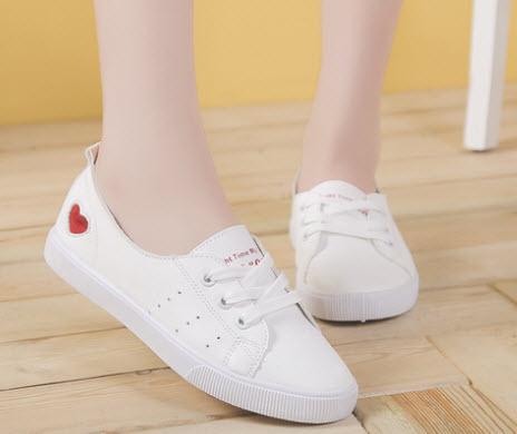 Giày búp bê thể thao