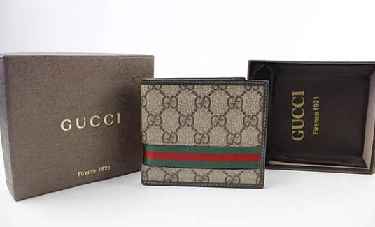 Ví Gucci nam nhỏ gọn