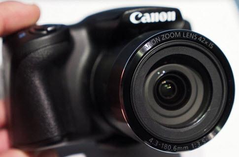 máy ảnh du lịch giá rẻ tốt nhất