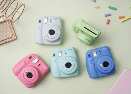 nên mua máy ảnh fujifilm hay canon