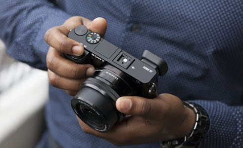 giá máy ảnh sony