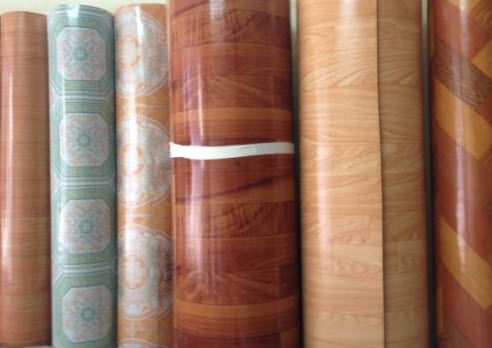 Thảm nhựa trải sàn vân gỗ