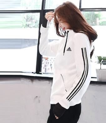 Áo khoác gió thể thao nữ Adidas