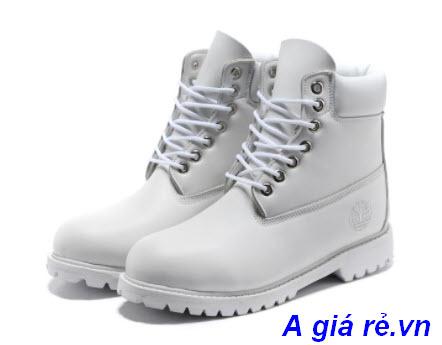 Giày màu trắng Timberland