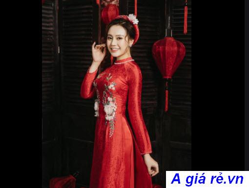 Áo dài cưới gấm đỏ