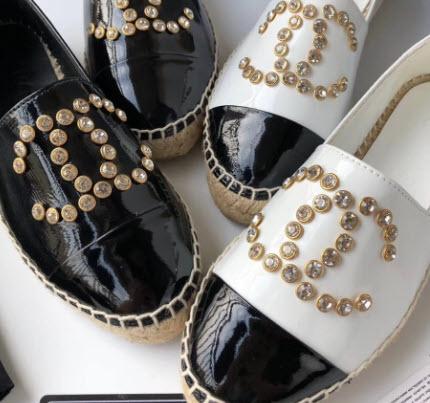 GIày Chanel đính đá