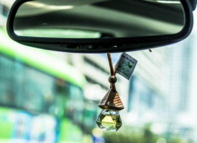 Nước hoa treo xe ô tô