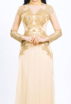 Áo dài cưới màu vàng đồng